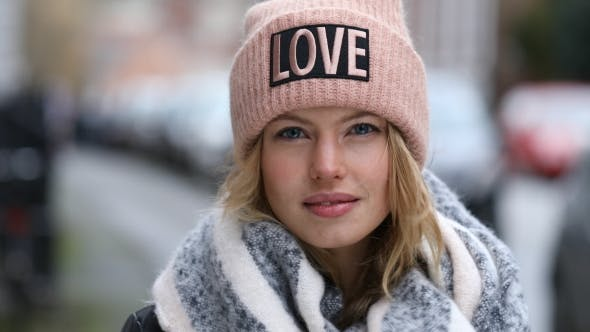 Thumbnail for Winter Babe in Love Hat