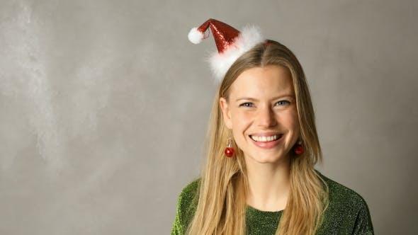 Thumbnail for Stunning Christmas Beauty