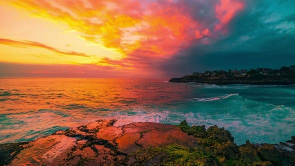Cover Image for Azure Beach with Rocky Coast and Clear Water of Indian Ocean at Sunset in Island Nusa Lembongan