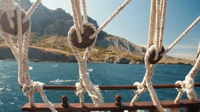 Ropes of a Floating Ship