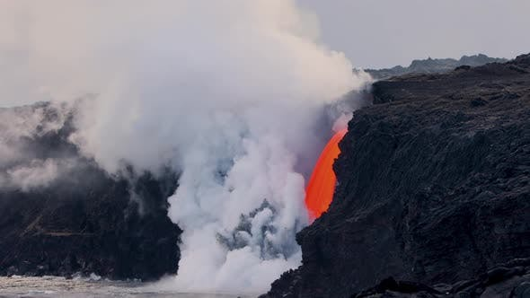 Thumbnail for Lava from the Kilauea volcano flows into the ocean