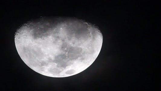 Thumbnail for Waxing Gibbous Moonface Closeup