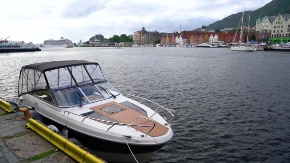 Cover Image for Port of Old Hanseatic in Bergen, Norway