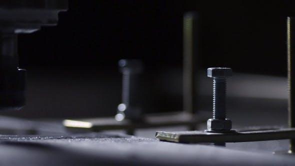 Thumbnail for Geschäft für die Herstellung von Metallprodukten Aluminiumplatte unter dem Einfluss von Fräsmaschine