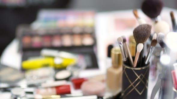 Thumbnail for Brush Set for Make-up on Table