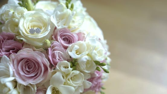 Bouquet of Fresh Roses. Wedding Bridal Bouquet.