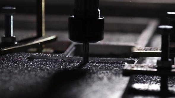 Thumbnail for Moderne Produktion für die Herstellung von Aluminiumplatten. Schöner Bohrprozess
