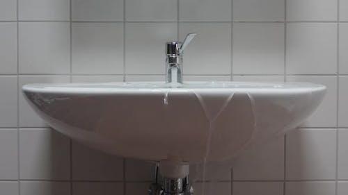Sink Overflows