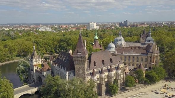 Thumbnail for Aerial Video Shows the Heroes Square in Downtown Budapest, Hungary -  Drone Footage Aerial View
