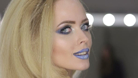 Thumbnail for Winter Beauty Woman Christmas Make-up