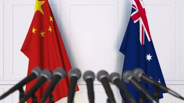 Thumbnail for Flaggen von China und Australien auf der Internationalen Pressekonferenz