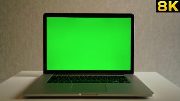 Thumbnail for Green Screen Display