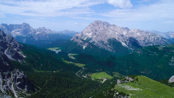 Cover Image for National Nature Park Tre Cime In the Dolomites Alps Beautiful Nature of Italy