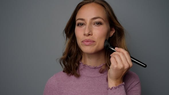 Thumbnail for Beauty Using Make-up Brush