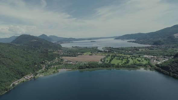 Italian Riviera Houses Drone Flight Near the Mountains, Italy Lake, Drone  Nature Flight Hootel