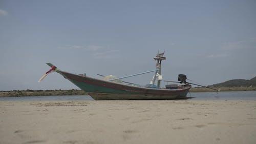 Tropical Thai Jungle Lake Cheo Lan Wood Boat
