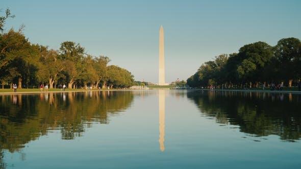 Thumbnail for Washington Monument mit Reflexion im Wasser