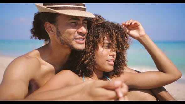 Thumbnail for Couple Looking Away at the Ocean