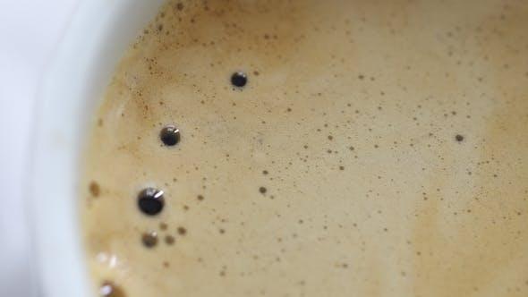 Ready Coffee Effervesce at the Mug