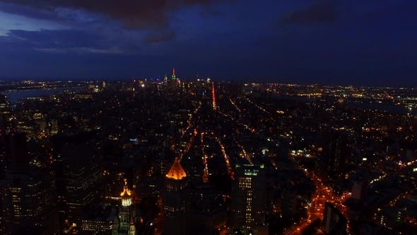 Thumbnail for Aerial Footage of Midtown, Lower Manhattan over Financial District and Chinatown