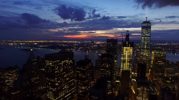 Thumbnail for Flying Over Manhattan Financial District at Dusk