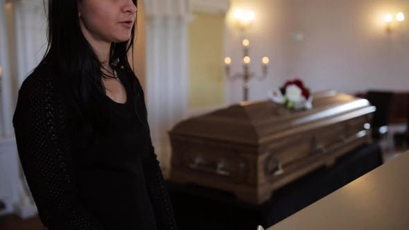 Thumbnail for Woman Makes Speech at Funeral in Orthodox Church 8