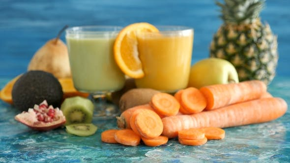 Thumbnail for Healthy Organic Detox Smoothies in Two Glasses