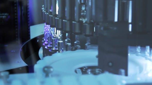 Thumbnail for Pharmazeutische Qualitätskontrolle von medizinischen Fläschchen durch UV-Technologie