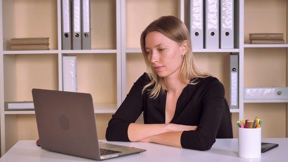 Entrepreneur Has Remote Negotiations