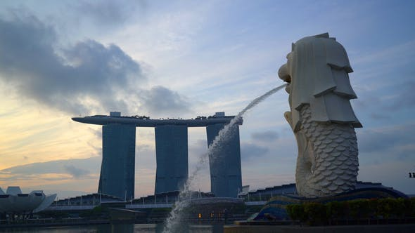 Merlion With Marina Bay
