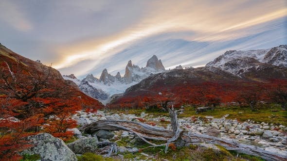 Thumbnail for View of Mount Fitz Roy and the River in the National Park Los Glaciares National Park at Sunrise
