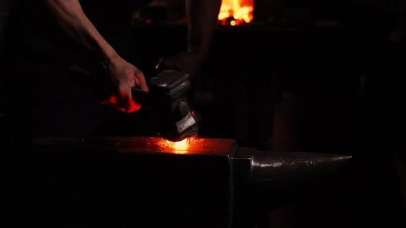 Cover Image for Get Hot Metal from the Furnace to Make an Arrow Tip