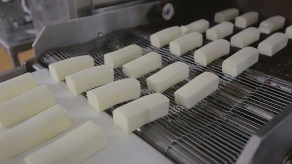 Thumbnail for Glazed Curds Conveyor