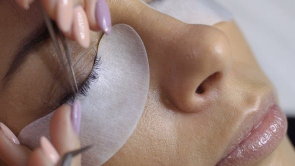Eyelash Extension in Beauty Salon