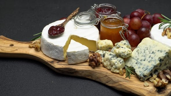 Thumbnail for Video of Brie, Roquefort Cheese, Jam and Grapes