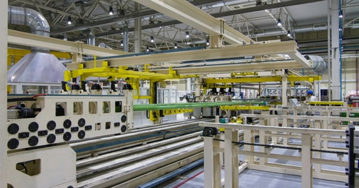 Conveyor Tranfers Green Pipes Workers Control Process