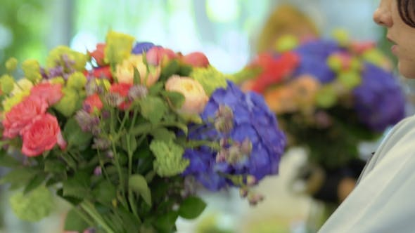 Thumbnail for Florist Makes Flower Bouquet