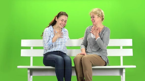 Thumbnail for Mom and Daughter Laugh. Green Screen