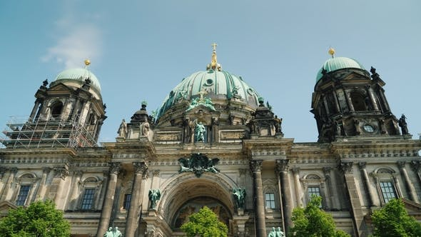Thumbnail for Berlin Dome on a Clear Spring Day.