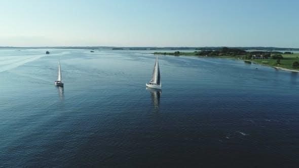 Sailing in Sunshine