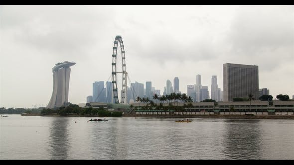 Singapore Cityview with Ferris Wheel Cloudiness