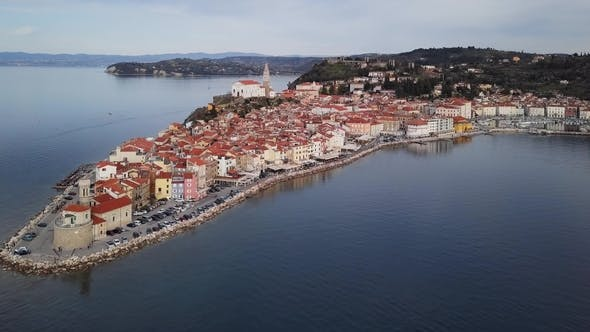 Cover Image for Aerial View of Piran, Slovenia
