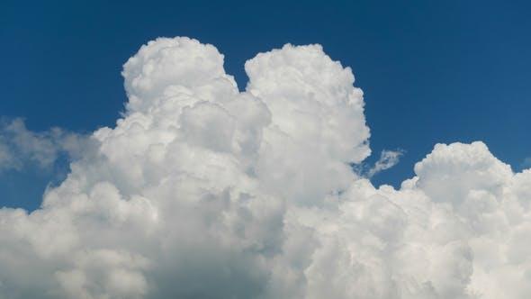 Thumbnail for High Quality . One Big Thunder Cloud Rising Over Horizon, No Birds