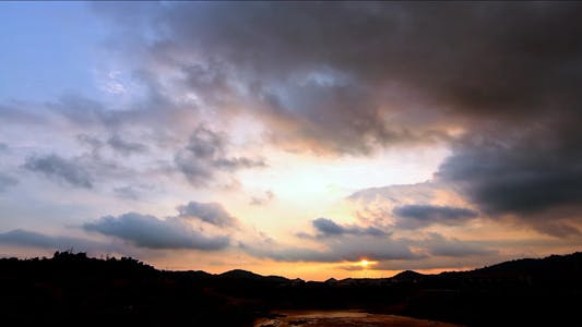 Thumbnail for Tropical Cloudy Sunset Time Lapse