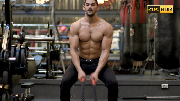 Cover Image for Battle Rope Workout at the Gym