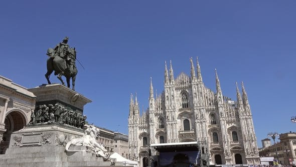 Thumbnail for Lot of Pigeons Fly Over Piazza Del Duomo in Milan