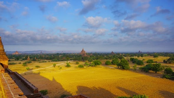 Cover Image for Landscape with Temples in Bagan, Myanmar