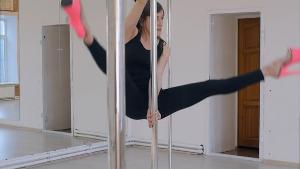 Thumbnail for Pole Dancing in Studio on High Heels