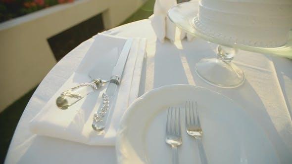 Thumbnail for Schönes Bild von Bankett-Utensilien in weißen Farben, Resort Hyatt, Maui, Hawaii