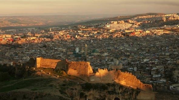 Thumbnail for Luftaufnahme von Medina in Fes bei Sonnenuntergang, Marokko
